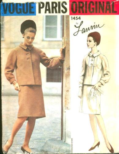 1960s Vintage VOGUE Sewing Pattern B34 SUIT JACKET /& SKIRT By LANVIN 1629