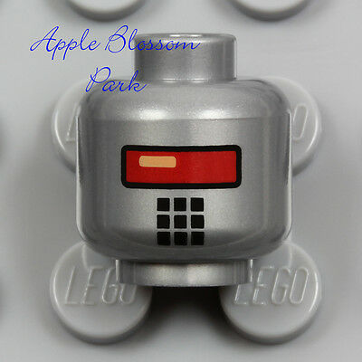 Lego New Flat Silver Robot Minifgure Head Missing Teeth Angry Red Eyes Piece