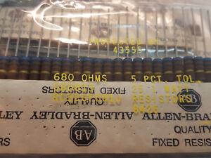 Free-Ship-Lot-of-5-680-ohm-1-watt-5-resistor-NOS-Carbon-Composition-Resistor