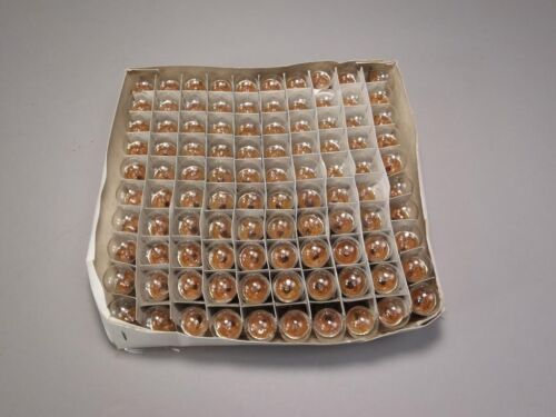 Box of 100 Chicago Incandescent Miniature Lamps 12V CM67 New Old Stock