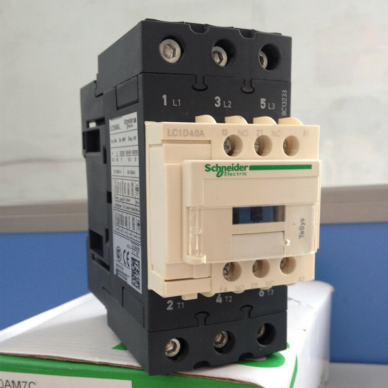1PC NEW Schneider Contactor LC1D40AQ7  free shipping