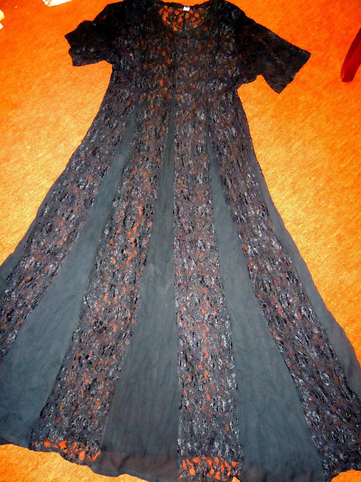 Traumhaft schönes Spitzenkleid - verführerisch in Schwarz - TOP Design Größe 176
