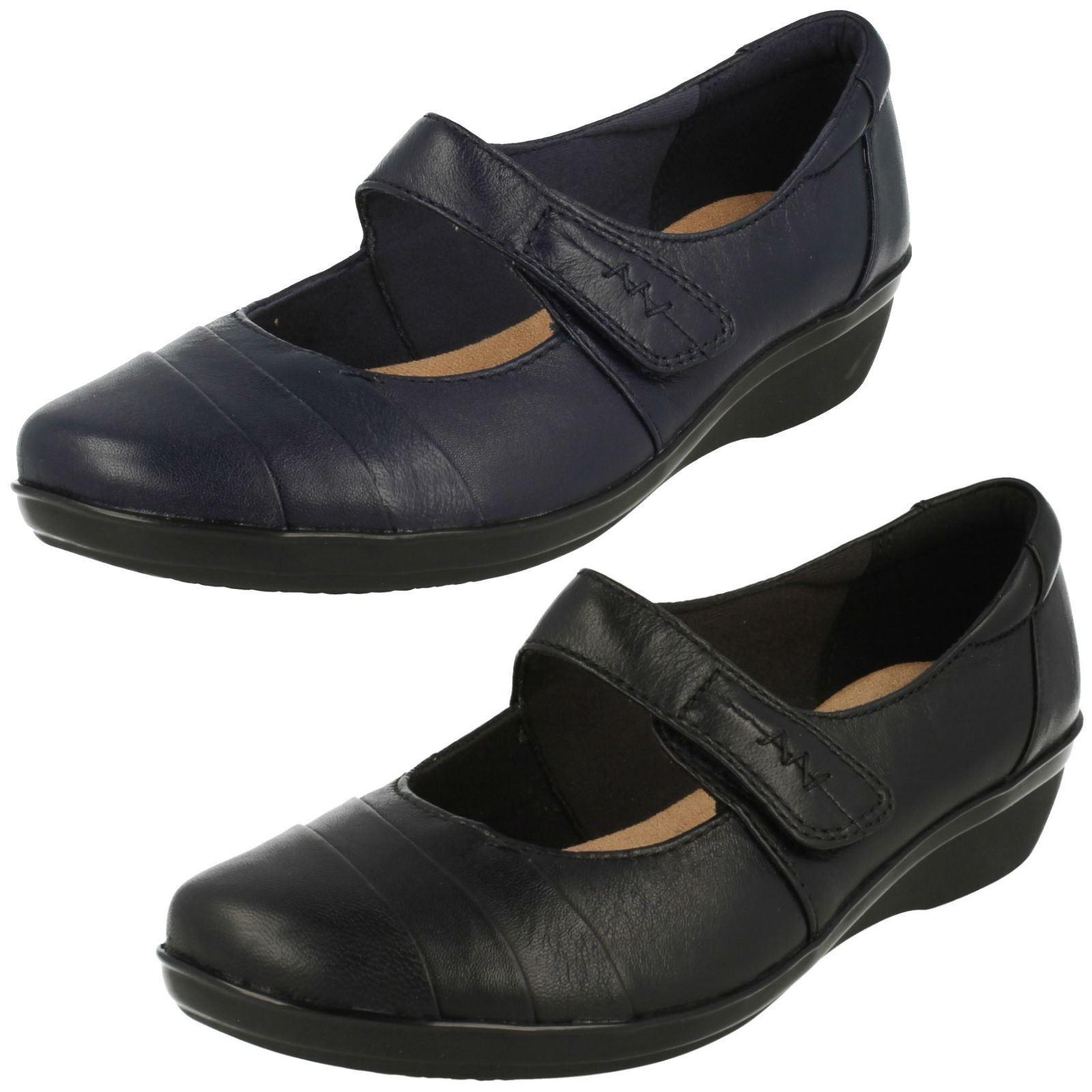 Damen Everlay Kennon Schwarz / Marineblau Leder Freizeit Schuhe von Clarks