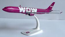 WOW air Airbus A330-300 1:200 Herpa Snap-Fit Flugzeug Modell 611282 A330 WOWair