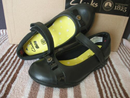 NEW CLARKS DAISY LOCKET BLACK LEATHER  GIRLS SCHOOL SHOES VARIOUS SIZES