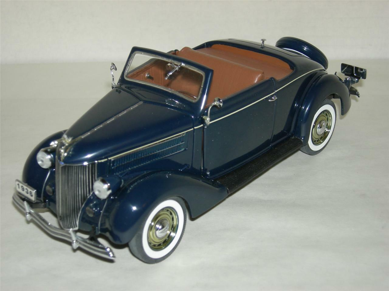 1936 FORD DELUXE CABRIOLET    DANBURY MINT   MIB.1 24 SCALE
