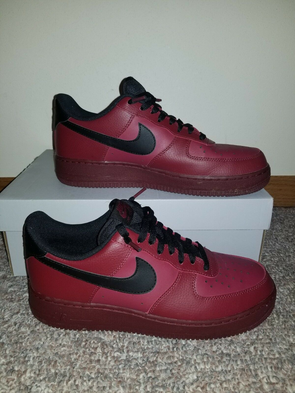 Nike Air force 1 low 07 dark red PreOwned Size 9