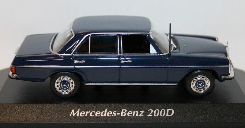 Maxichamps 1 43 Scale 940 034000 Mercedes Benz 200D 1973 bluee Diecast model car