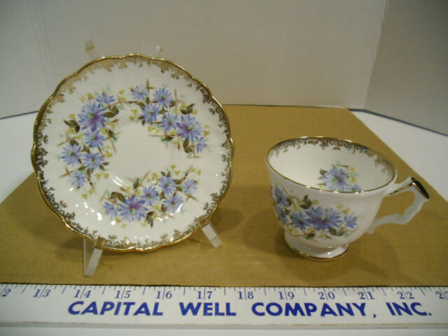 Aynsley Fine English Bone China Blue Floral Gold Trim Tea Cup & Saucer Set #2524