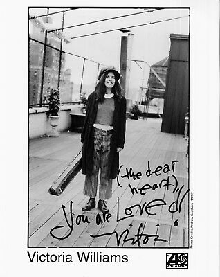 Music Entertainment Memorabilia Victoria Williams Hand-signed Orig '92 Record Label 8x10 Portrait W/ Uacc Rd Coa