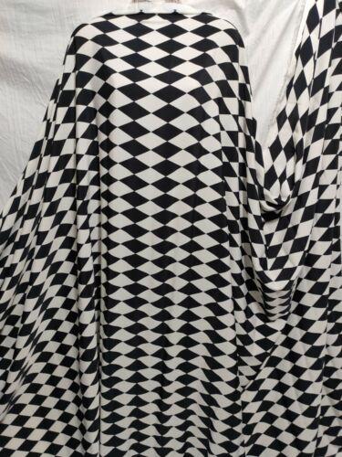 *NEW*L//Weight Smooth Polyester Geometric Monochrome Dress//Craft Fabric*FREE P/&P*