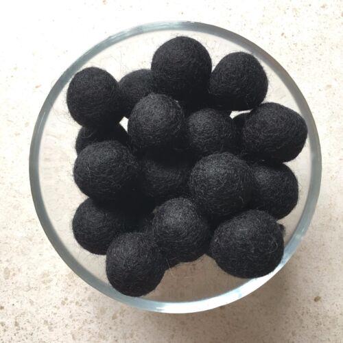 10 wool felt balls NAVY BLUE 20mm round baby garland mobile nursery decor dark