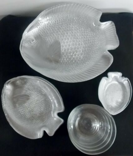 18 Arcoroc France Poisson Clear Glass Fish Plates 3 sizes + 4 glass Bowls