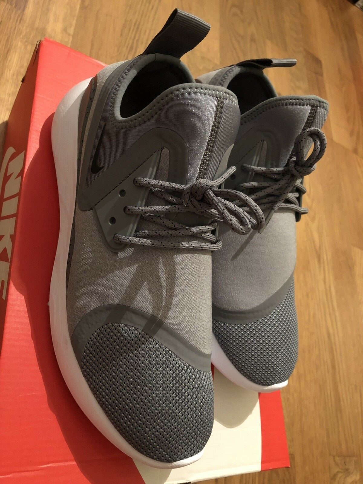 a1f790d3e1 NIKE LUNARCHARGE ESSENTIAL TRAINERS NEW MEN'S SIZE 9 COOL GREY BLACK WOLF  GREY