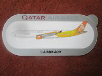 AUTOCOLLANT STICKER AUFKLEBER AIRBUS A330-300 QATAR AIRWAYS AIRLINE