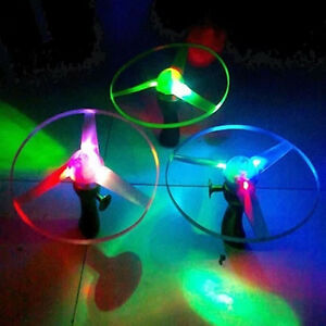1pc-Boomerangs-Flying-Saucer-Helicopter-UFO-Spin-LED-Light-Outdoor-Toy