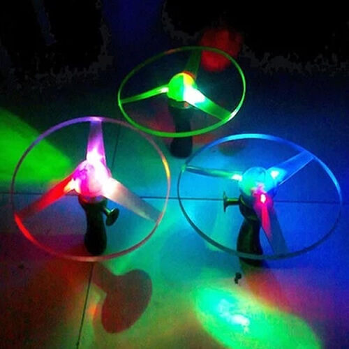 Boomerangs Flying Saucer Plastic Clover Spin LED Light Outdoor Toy