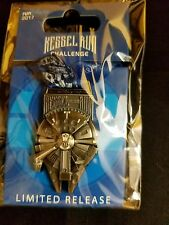 2017 Run Disney Star Wars Dark Side Marathon Kessel Millennium Falcon Medal Pin