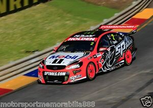 Garth-Tander-2015-6x4-or-8x12-photos-V8-Supercars-HRT-HOLDEN-RACING-TEAM