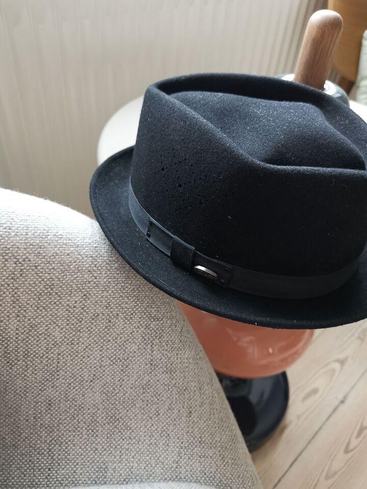 Hat, Bailey, str. Medium
