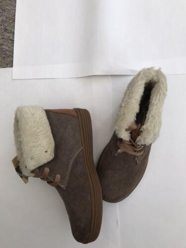 BEPPI KIDS Filles Daim Cuir à Semelle Marron Bottines à lacets