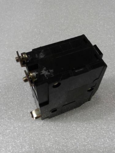 "QOB220 Square D Bolt-On Circuit Breaker 2 Pole 20 Amp 240V /""2 YEAR WARRANTY/"""