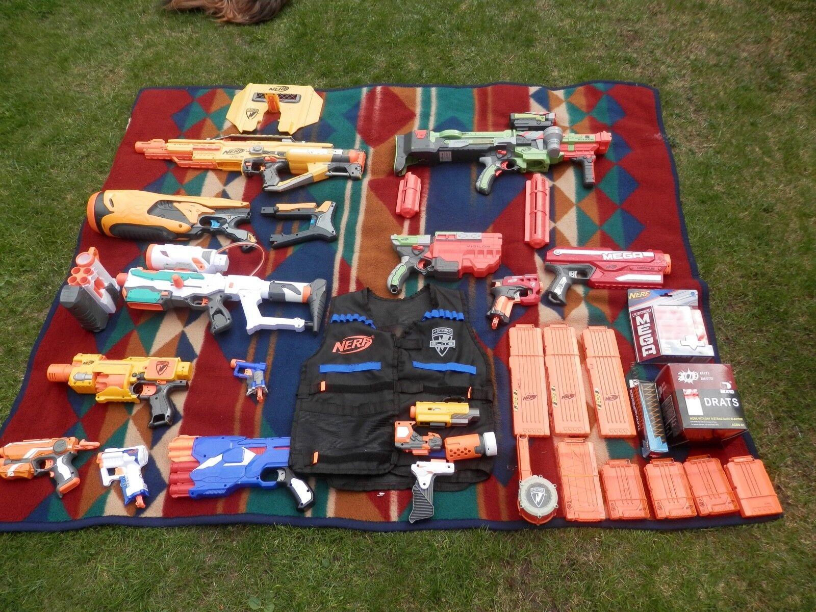 Nerf Sammlung, div. Modelle, zahlreiches Zubehör, viel Munition etc.