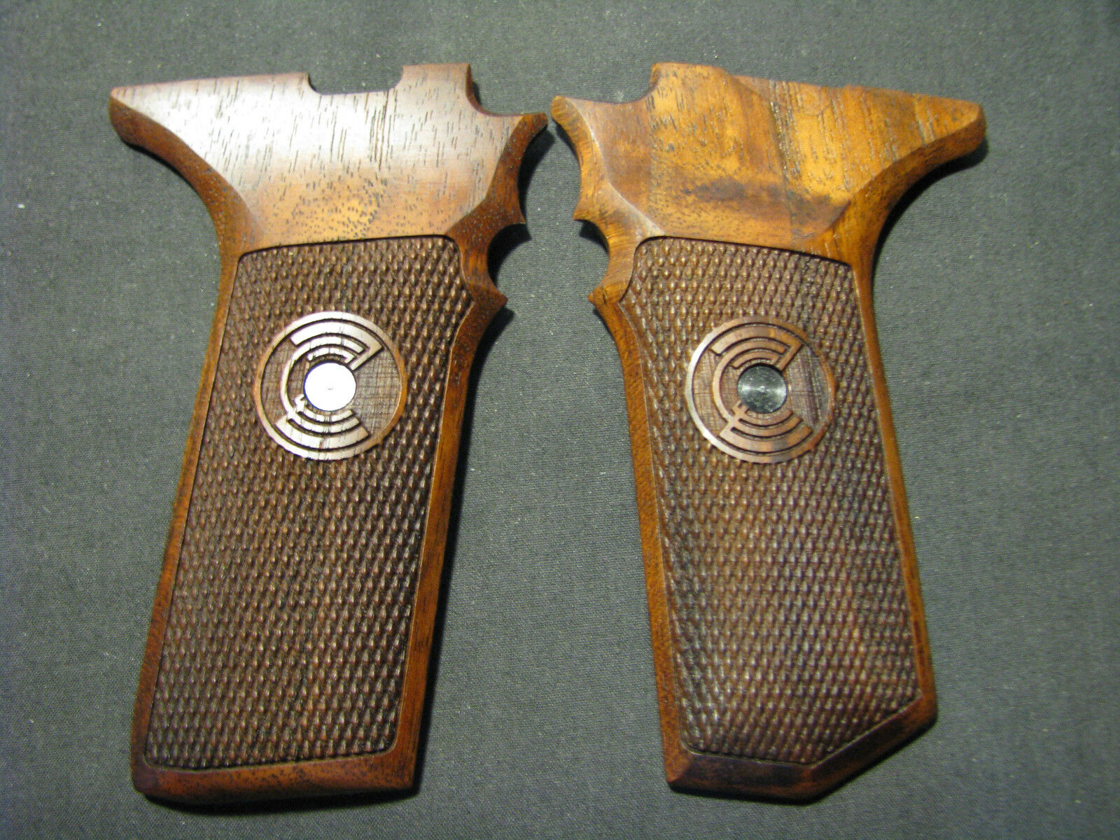 Zastava Yugo M57A M70AA Tokarev chkrd pistola apretones de nogal negro con tobogán de seguridad