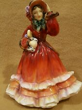 Royal Doulton 1952 Christmas Time Porcelain Figurine HN 2110 BEAUTIFUL