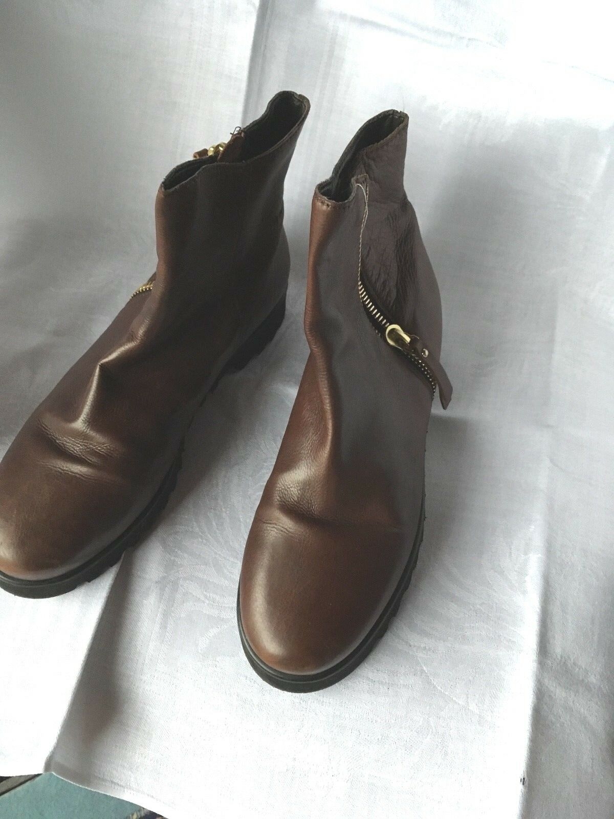 Booties mit  Echtleder Vibram Sohle 1 x getragen braunes Echtleder  Gr 38,5 18cd44