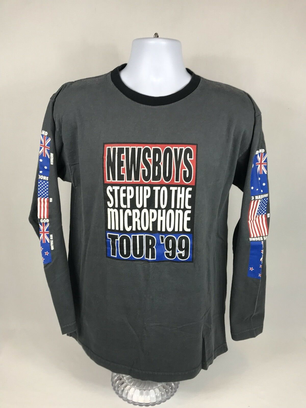 """Rare VTG 1999 Newsboys """"Step Up To The Microphone"""" Tour L S T-Shirt Size Large"""