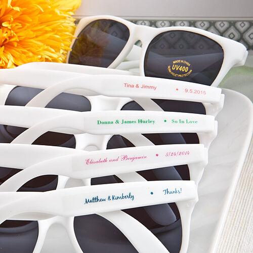 60 Personnalisé Blanc Lunettes de soleil Bridal Shower Outdoor fête de mariage faveurs