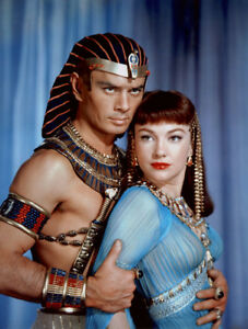 Yul-Brynner-Anne-Baxter-The-Ten-Commandments-1956-8-1-2-x-11