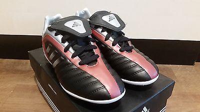 Adidas Fußballschuh schwarz/silver/rot Nockenstollen NEU Kinderschuh Sportschuh