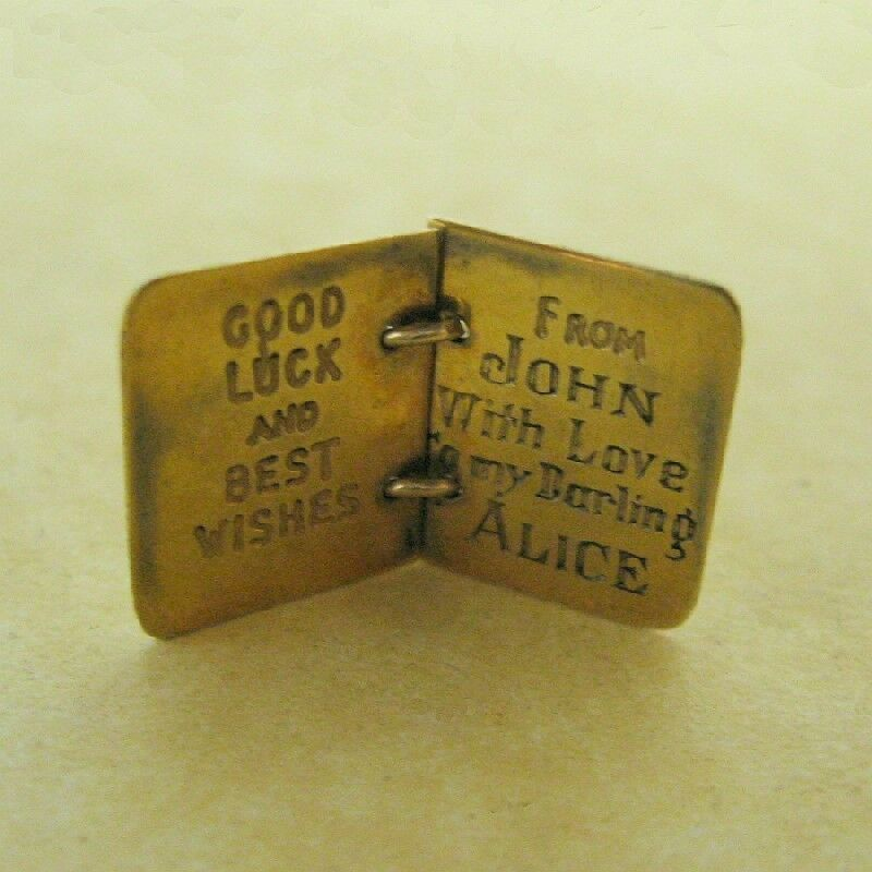 Vintage English 9ct Yellow Gold 1947 Diary Bookle… - image 4