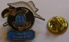 Pins Salon Disque et BD ACDC Lucky Luke