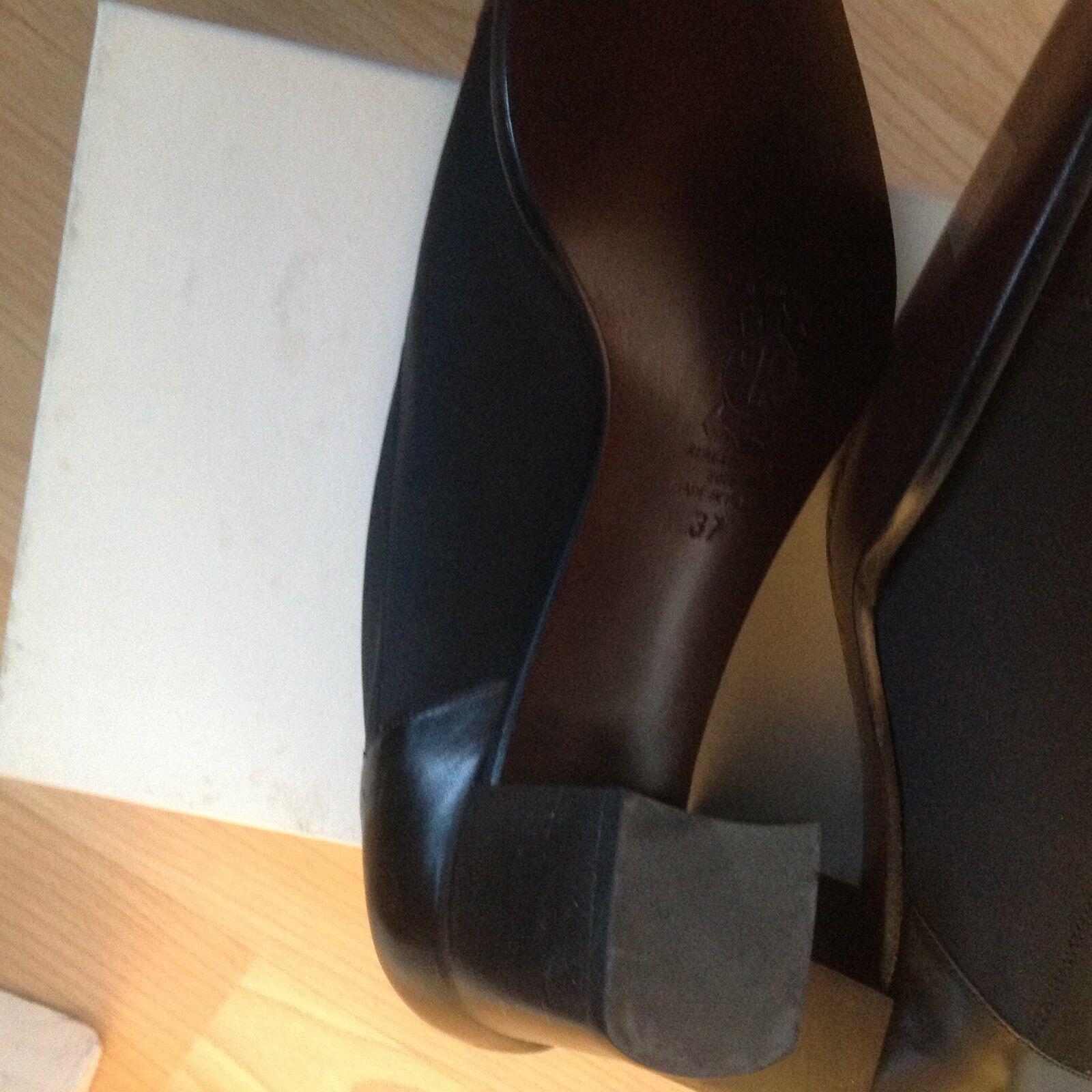 Material de Totalmente cuero negro y talla 4 Totalmente de Nuevo d8d9e3