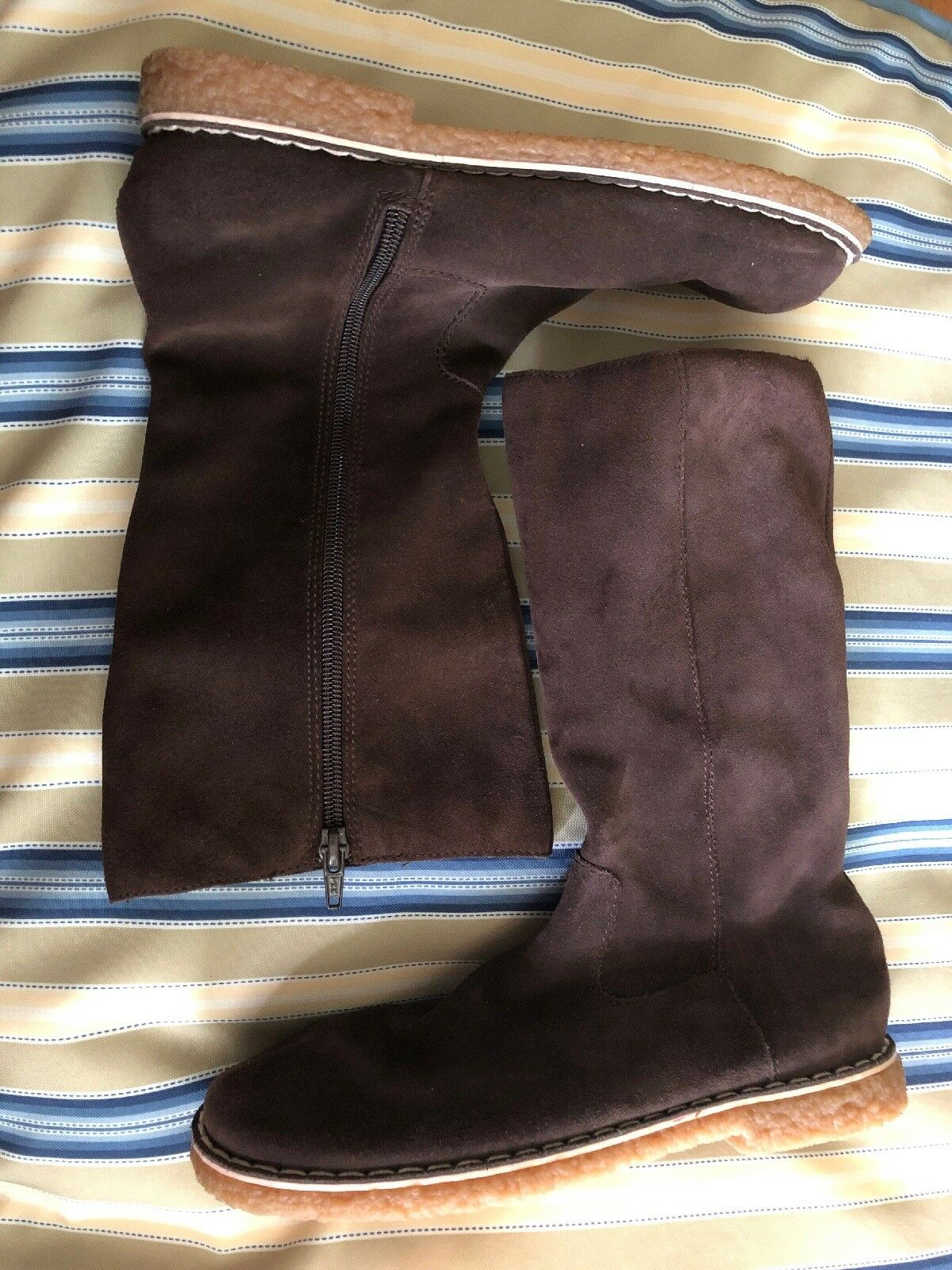 Women's 6 White Mountain Dark Brown Suede Zip Up Mid Calf Flat Riding Boots