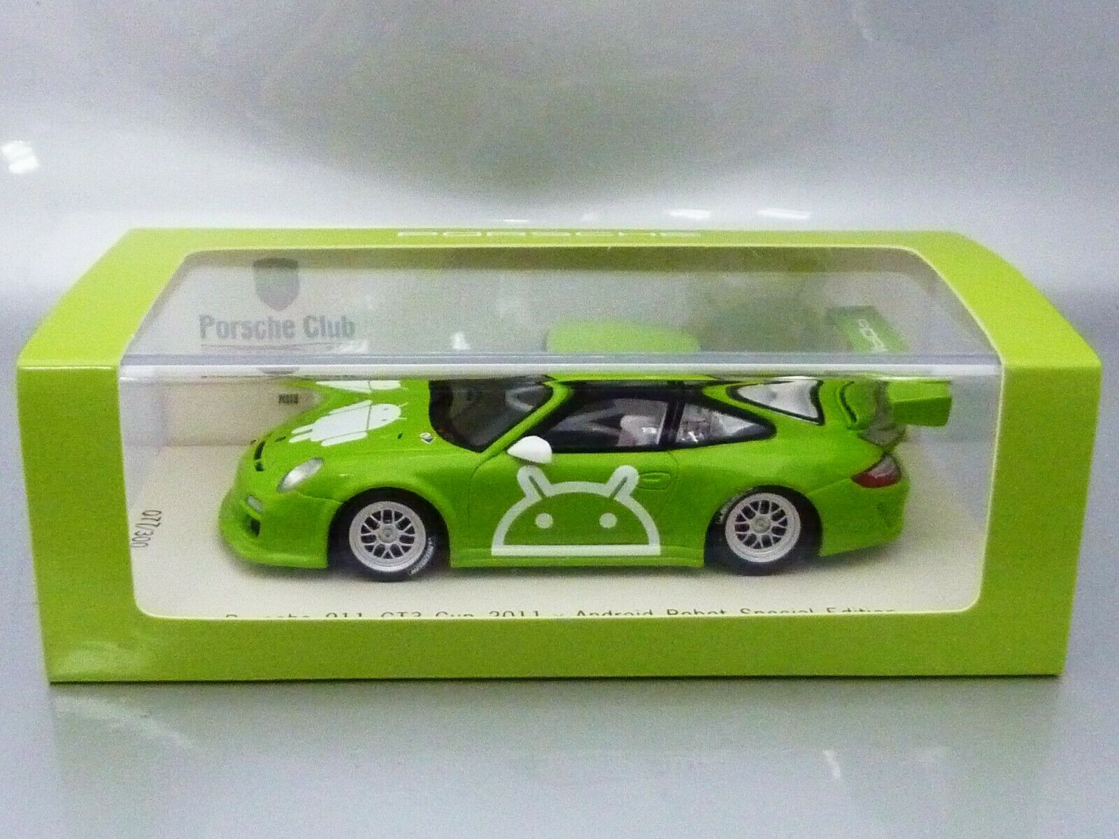 1 43 Spark PORSCHE 911 GT3 CUP 2011 x ANDROID ROBOT - SPECIAL EDITION
