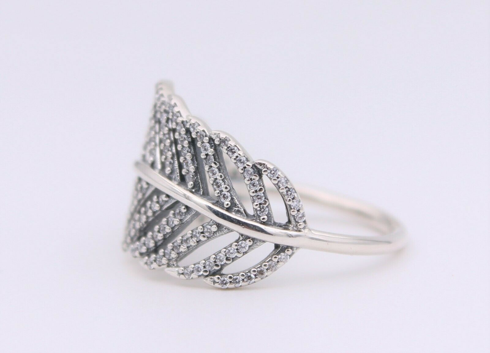 2013 Fall Release Sterling Silver Light As a Feather Pav\u00e9 Ring Stackable Ring Woman Jewelry Size 50,52,54,56,58MM