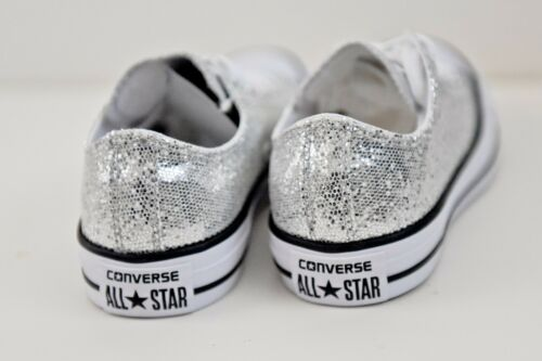 641727C Junior Converse All-Star Chuck Taylor Silver Glitter Low Sneakers