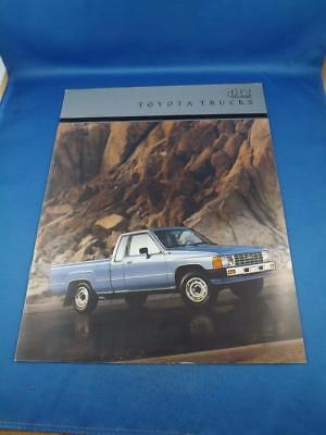 1989 Toyota Pickup Trucks 4 X 4 and 4 X 2  Large Deluxe 32-Page Sales Brochure