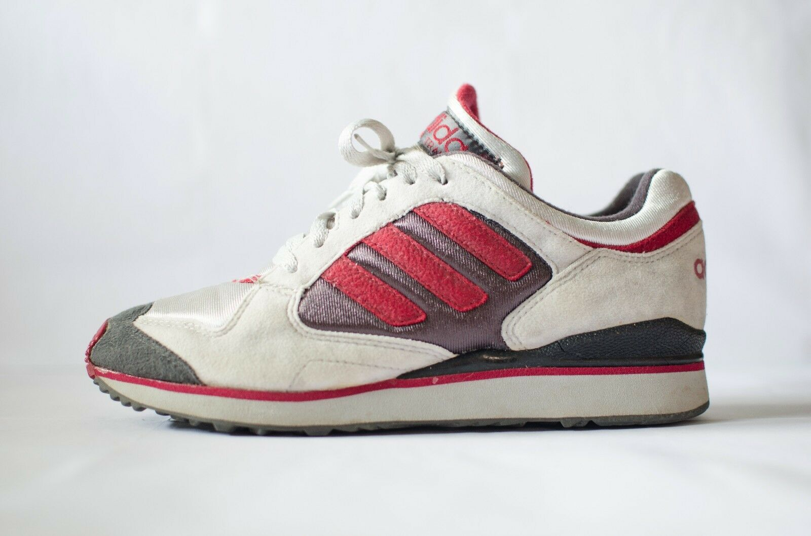 ADIDAS TECH TRAINER 7,5 US 7  3 vintage OG 1994