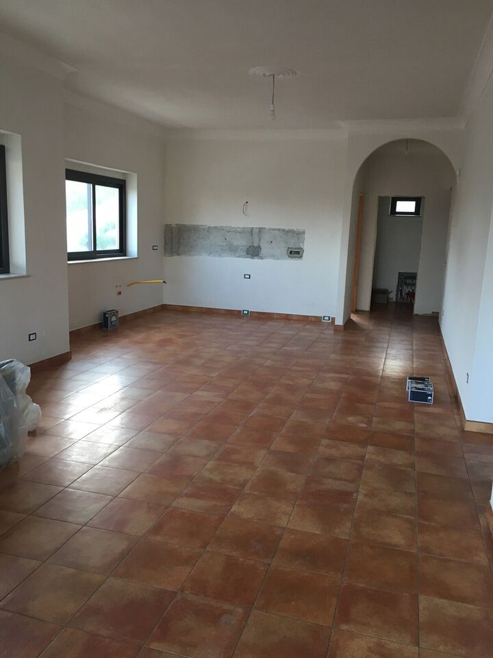 Sublim nyopført Italiensk/Siciliansk villa..