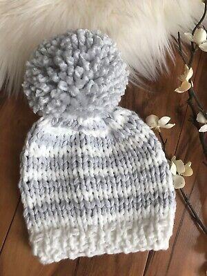 New Handmade Knitted Newborn Boy Girl Pom Pom Beanie Hat Cap Toque Ivory