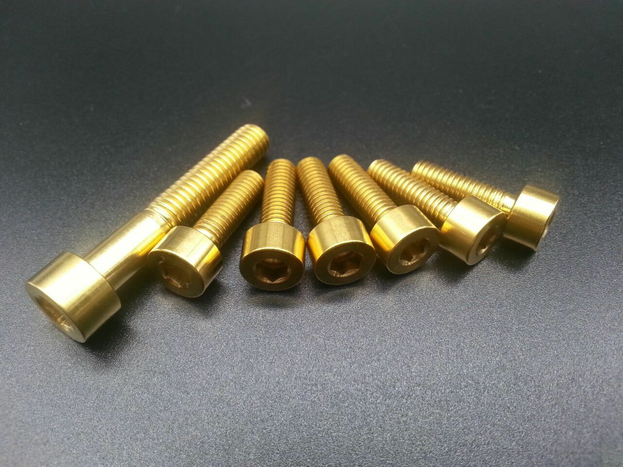 6 un. M5x16 & 1 un. M6x35mm Titanio Ti Cabeza Hexagonal Tapa De Enchufe Pernos Allen Tornillo De oro