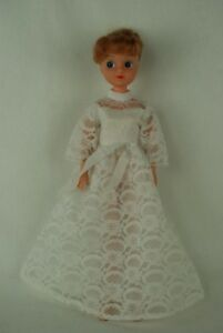 Otto-Simon-FLEUR-blonde-doll-in-WEDDING-outfit-1220-Dutch-Sindy-80-039-s