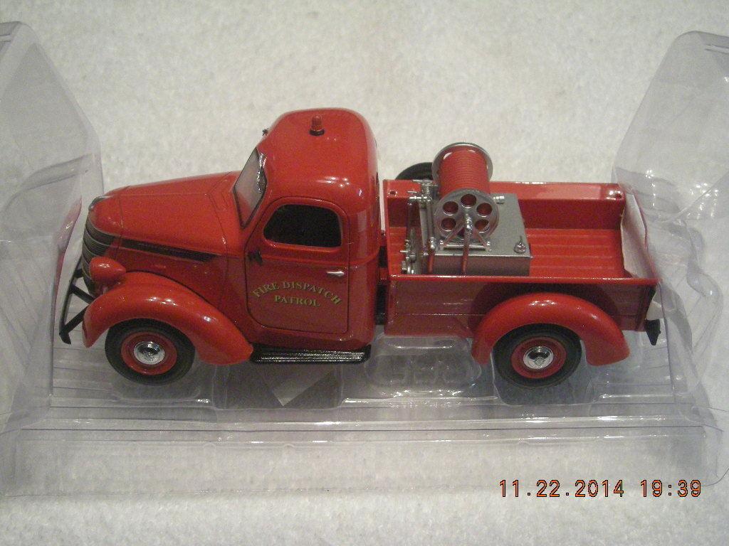 40-0338 1938 International Fire Patrol Dispatch D2 Brush Fire Pickup ny IN låda