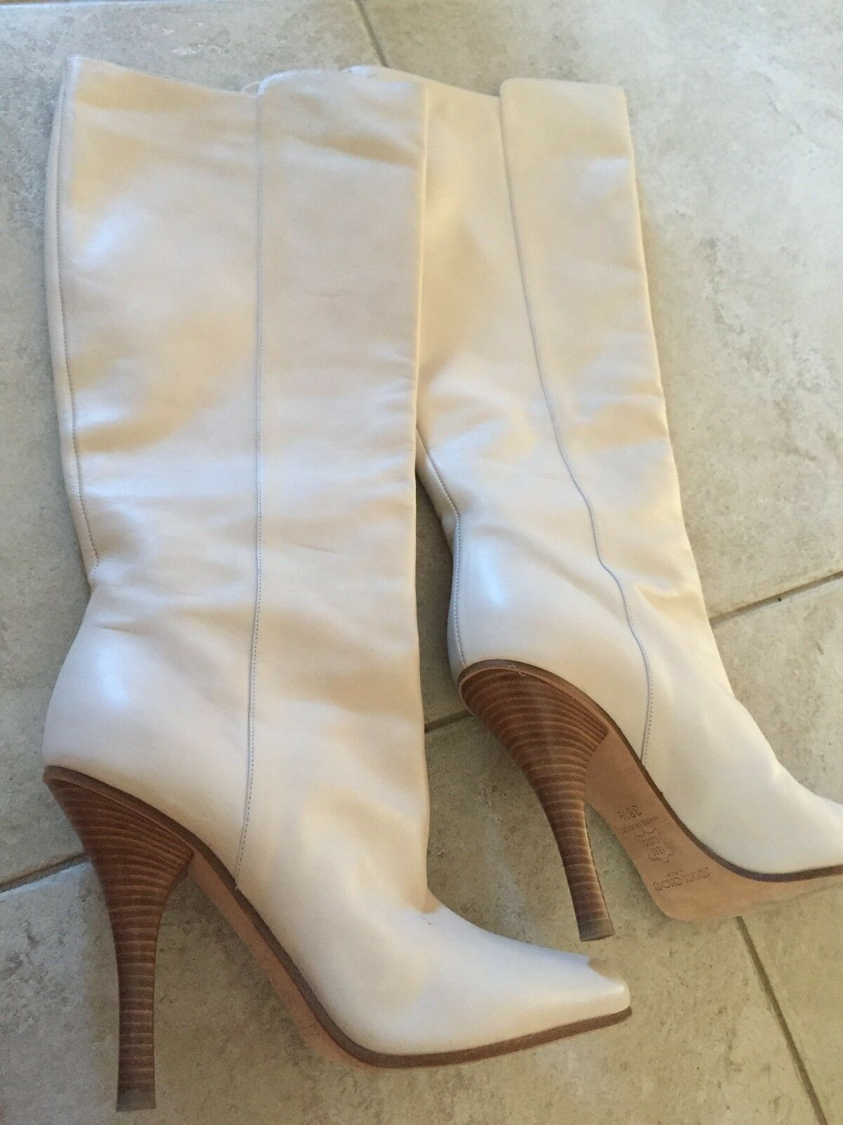 Jimmy Choo Bone Leather bottes - Taille Taille Taille 38.5 (US8.5) - Worn Once fb5e62