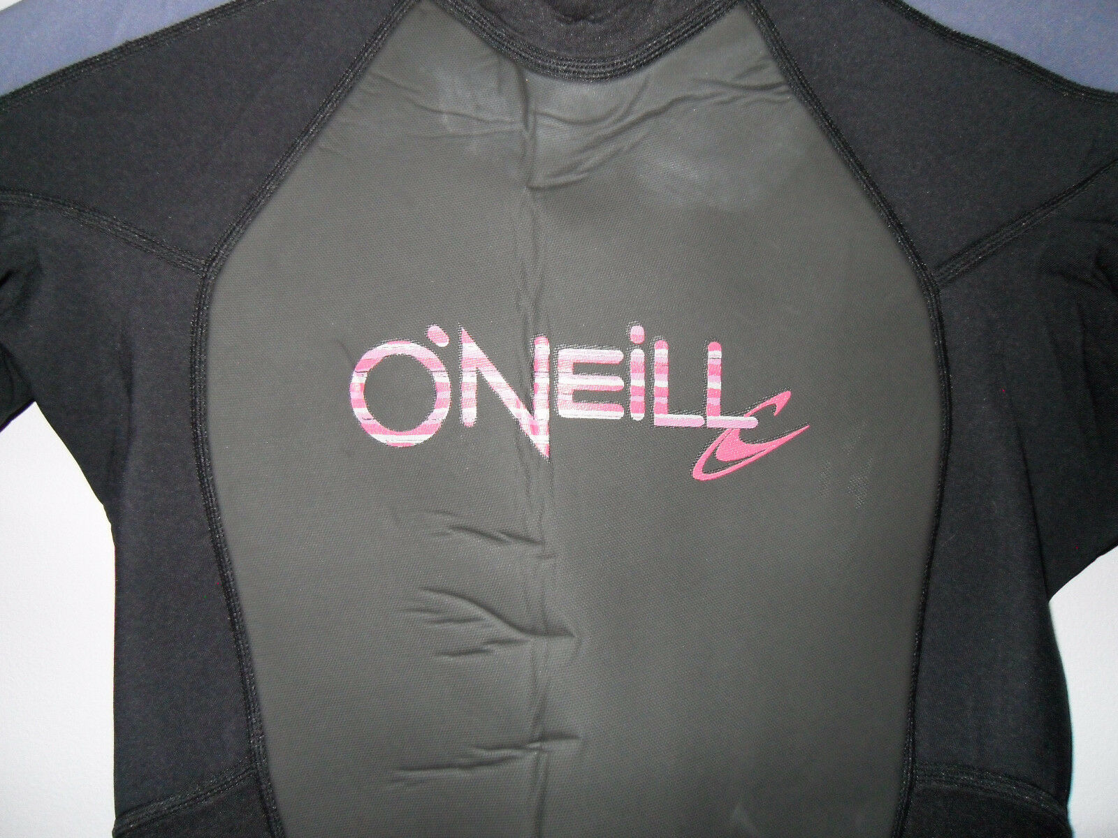 NEW  O'Neill Full Wetsuit Size 6  save on clearance